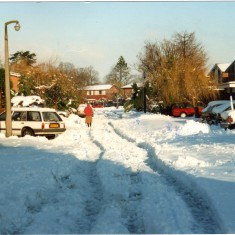 Dugard Place in snow 1990 | Hilary Maynard