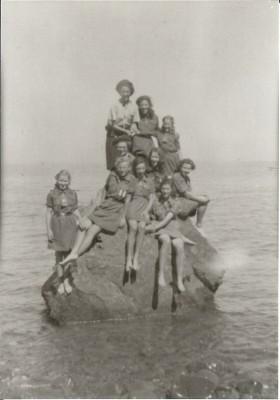 Clovelly 1947
